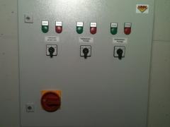 Schaltschrank-fuer-Pumpensteuerung